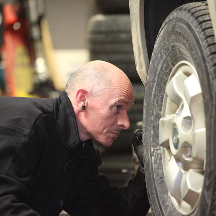 bilpartner-automester-dekkskifte